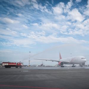Московский аэропорт Домодедово и аэропорт Пулково торжественно встретили новые рейсы ВИМ-Авиа (АК