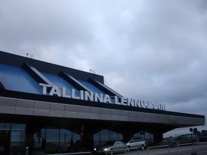 Пассажиропоток Таллиннского аэропорта в августе сократился на 2,6% (err)