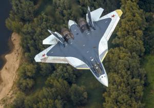 По заявлению главнокомандующего ВКС России генерал-полковника Виктора Бондарева, в 2017 году в войска начнут поступать истребители пятого поколения Т-50 (Министерство обороны РФ)