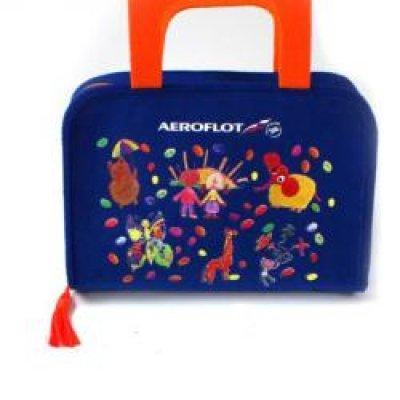 Дарит ли аэрофлот детям подарки 70