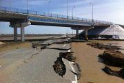 В Караганде затратили 8 млн тенге на восстановление разрушенной паводками дороги в аэропорт
