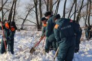 Спасатели обследовали 25 га на месте падения самолета в Подмосковье