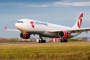 Самолет CSA, вылетевший в Сеул, вернулся в Прагу из-за утечки топлива