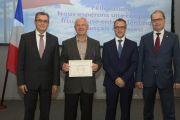 Руководитель лаборатории ЦАГИ награжден за укрепление российско-французского сотрудничества