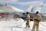 Сотрудники МЧС потушили условно загоревшийся самолет в Севастополе