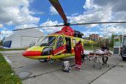 Вертолет санитарной авиации доставил новгородца в НИИ скорой помощи имени Джанелидзе