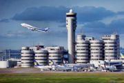 Припаркованные самолеты на стоянках аэропортов в Азии находятся в опасности из-за сезона тропических штормов