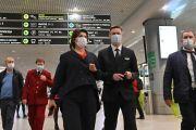 Правительство Подмосковья направит в аэропорт Домодедово 60 волонтеров для соблюдения масочного режима