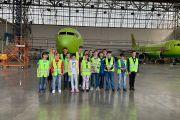 Домодедово осуществил мечту: экскурсия для детей прошла в аэропорту