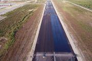 Покрытие взлетно-посадочной полосы аэропорта Новый Уренгой в рамках масштабной реконструкции завершено более чем на 50%